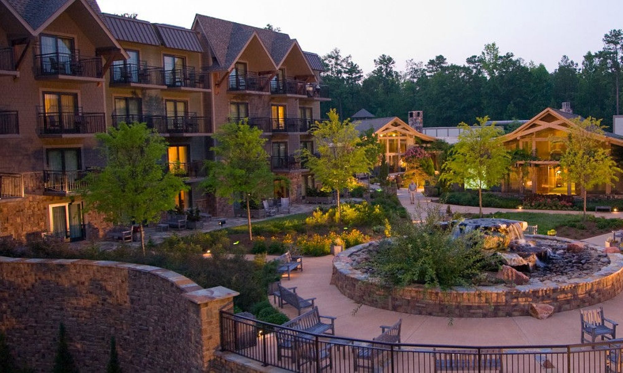 Solaris hotel and resort positioning Hotels near callaway gardens
